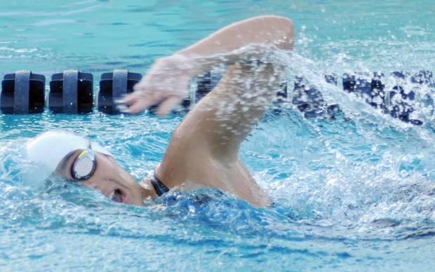 Establecen marcas en nados largos torneo Delfines del Naco