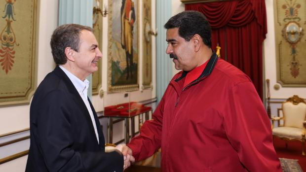 Zapatero y Maduro en el palacio de Miraflores